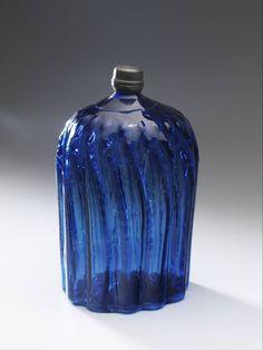 perfume bottle, Anonymous, 1600 - 1700 | Museum Boijmans Van Beuningen