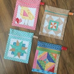 Quilty Zip Bag Tutorial made with Lori Holt's Calico Days fabric collection #iloverileyblake