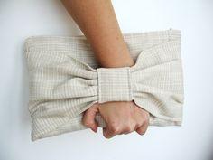 Pochette femme mariage, tissu ivoire crème, été sexy : Sacs à main par lamusechic