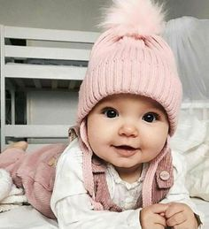 Cute Baby Girl Clothes Outfits Ideas - Home - Bebe So Cute Baby, Baby Kind, Pretty Baby, Adorable Babies, Funny Babies, Cute Babies Newborn, Cute Little Baby Girl, Cutest Babies, Mom And Baby