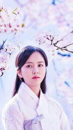 Korean Actresses, Korean Actors, Actors & Actresses, Korean Star, Korean Girl, Yoon So Hee, Kim So Hyun Fashion, Kim Sohyun, Hipster Wallpaper