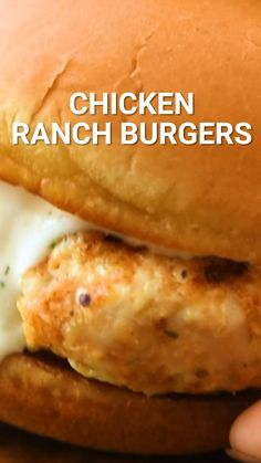 Ranch Chicken Burger Quick and easy Chicken Burger made with ground chicken. This easy dinner recipe is made on the stove top with a grill pan or under the broiler in your oven. Don't forget the ranch dressing! Easy Chicken Burger Recipe, Ground Chicken Recipes Easy, Homemade Chicken Burgers, Chicken Patty Recipes, Turkey Burger Recipes, Chicken Ranch Burgers, Grilled Chicken Burgers, Ground Chicken Burgers, Ranch Chicken