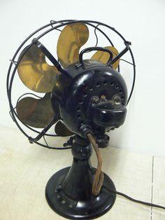 Antique C 1918 Emerson 6 Brass Parker Blade Cage Fan 24666 Unrestored Antique Fans, Vintage Fans, Fan Blade Art, Cage, Old Fan, Electric Fan, Fan Blades, Emerson, 1940s