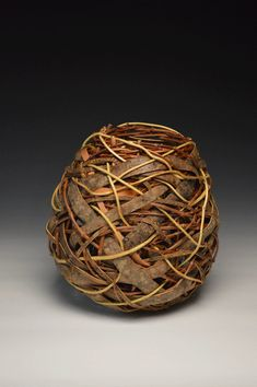 Contemporary Basket Artist Matt Tommey teaches basket weaving classes at his studio in the River Arts District in Asheville, North Carolina. Willow Weaving, Basket Weaving, Wire Basket, Ikebana, Weaving Art, Hand Weaving, Contemporary Baskets, Making Baskets, Elegant Home Decor