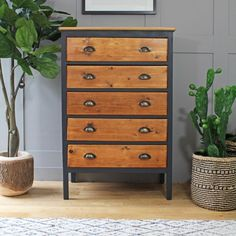 This oak chest of drawers offers lots of storage and benefits from having a small footprint. The oak has been stripped and oiled and the body painted in Farrow and Ball