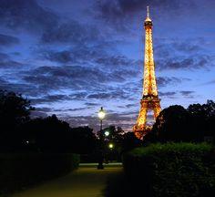 travel to paris.