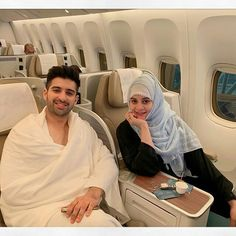 Muneeb Butt and Aiman Khan are a favorite couple of the season. The two are mowing heading to perform Umrah together. Pictures Of Love Couple, Cute Love Images, Simple Pakistani Dresses, Pakistani Bridal Dresses, Photo Poses For Couples, Couples In Love, Cute Girl Pic, Cute Girl Poses, Beautiful Girl Image