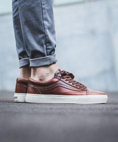 "Vans Vault Old Skool Cup LX ""Bone"" (Horween) - EU Kicks Sneaker Magazine"