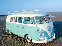 volkswagen classic cars in new zealand Combi Hippie, Van Hippie, Hippie Camper, Volkswagen Bus, Vw T1, My Dream Car, Dream Cars, Combi Ww, Combi Split