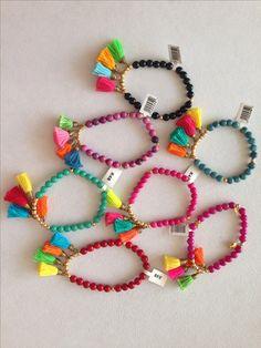 Colorines pulseras con motas!!