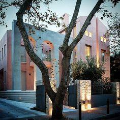 Residences on Kassaveti street | Kifissia  #residence#kifissia #architecture#architect #design #house #privateresidence#residence#villa#exterior #archilovers#designboom#dezeen#archdaily #designmilk #greek_architects#adesignersmind#photooftheday #partheniosarchitects#greekarchitects #photooftheday #instagood #instamood #stucco #trees #light