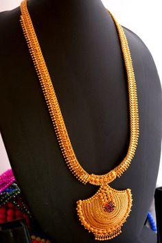 Short fancy necklace