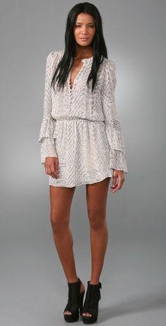 soft snakeskin: the pretty details make this dress