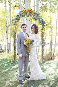 Acrylic lucite plexiglass wedding canopy chuppah rentals for Rental wedding dresses in miami