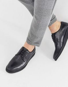 Buy WALK London Jimmy chunky derby shoes in black leather at ASOS. With free delivery and return options (Ts&Cs apply), online shopping has never been so easy. Get the latest trends with ASOS now. Leather Boat Shoes, Lace Up Shoes, Black Shoes, Men's Shoes, Penny Loafers, Loafers Men, Walks In London, Trainer Boots, Espadrille Shoes