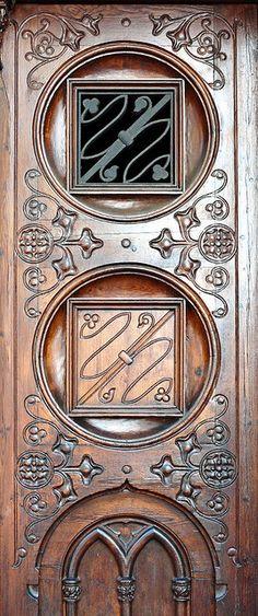 Carved door, Barcelona