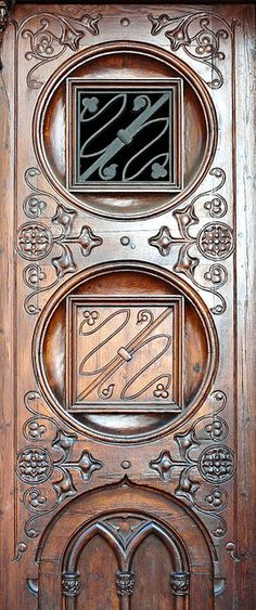 Carved door, Barcelona