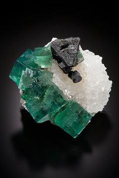 Fluorite with Galena on Quartz - Rogerley Mine, Frosterley, Weardale, North Pennines, Co. Durham, England, UK Size: 3.0 x 3.0 cm