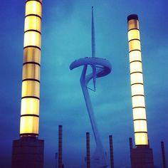 Anochecer en Montjuich, Torre Calatrava, Barcelona