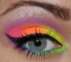 Maquiagem FLUO, tendencia no verão 2013.. Só aqui no Mimos & Etc!