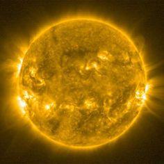 ESA presenta nuevas fotografías de un fenómeno calificado como 'Sol violento'
