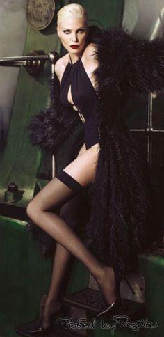 Regilla ⚜ Nadja Auermann-for-Vogue-Germany-November-2014-by-luigiiango-2