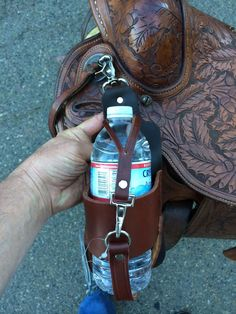 Buckaroo Leather Horse Tack, Use, Care and Maintenance: New Leather Saddle Accessories Western Horse Tack, Western Saddles, Western Riding, Horse Barns, Western Saddle Pads, Trail Saddle, Horse Stalls, Horse Accessories, Leather Accessories
