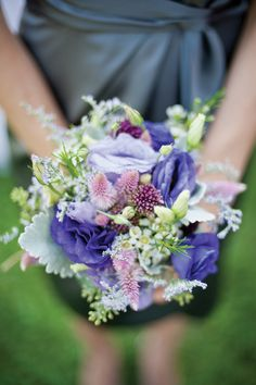 Yeah, I'm pinning my own wedding. Because coriander girl's flowers are the freaking best!!