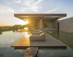 Incrível casa de veraneio com lago