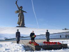 Prezident Putin si pripomenul 75. výročie víťazstva v Stalingrade - Hlavné správy