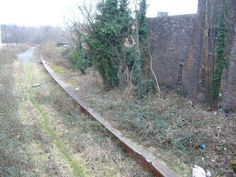 the-ruins-of-abbeyhill-station-abandoned-in-edinburgh
