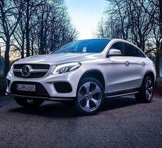 Nice Mercedes: Mercedes GLE Coupe....  Mercedes Benz i like
