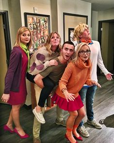 If you decide to dress up with your friends this Halloween, then consider getting creative and making your costume instead. That way, you'll have a Halloween costume Creep It Real With These 60 Easy DIY Group Halloween Costumes For 2019 Funny Group Halloween Costumes, Couples Halloween, Couple Costumes, Halloween Costumes For Girls, Girl Costumes, Diy Halloween, Scooby Doo Costumes, Halloween Nails, Costume Ideas For Groups