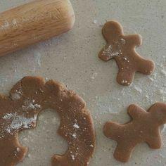 Gingerbread Cookies, Christmas Cookies, Gingerbread Men, Christmas Treats, Christmas Recipes, Watercolor Clipart, Think Food, Christmas Mood, Xmas