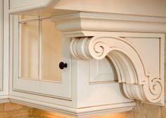 Give your kitchen and Bathroom an entire new look with custom made cabinets. Call us for the best deals available!