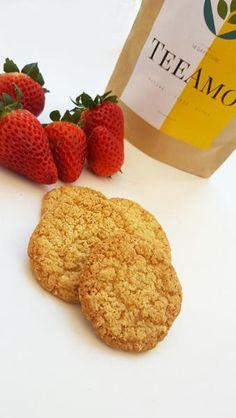 Hozzávalók: 100g zabpehely 1 alma 1 csipet fahéj 1 csipet szódabikarbóna 1 marék kókuszreszelék kakaópor ízlés szerint   Az almát lereszelem kis lyukú reszelő
