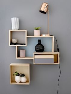 Hospitable Vintage-5-tier-wooden-corner-un Pure White And Translucent Antique Furniture Other Antique Furniture