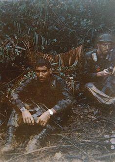 US Army Long Range Reconnaissance patrol leader and radio operator in Vietnam 1968 - [840 x 600]