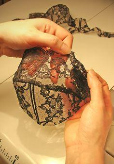 Soutien-gorge sur mesure, lingerie de création & corseterie sur mesure - Louise Feuillère - Meilleur Ouvrier de France