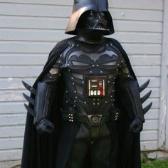 OMG, my two fav things! Batman & Vader!