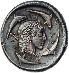 """archaicwonder: """" The rare Demareteion (decadrachm) of Syracuse, Sicily c. BC Demareteion is the name given in antiquity to a coin of Syracuse. The early Syracusan decadrachm was named the. Art Antique, Antique Coins, Objets Antiques, Coin Art, Gold And Silver Coins, Greek Art, Ancient Jewelry, Rare Coins, Ancient Artifacts"""