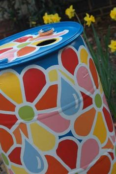 March Bid on painted rain barrels at watersmART Little Flowers, Diy Flowers, Flower Pots, Painted Trash Cans, Rain Barrel System, Water Barrel, Garden Solutions, Water Collection, Found Art