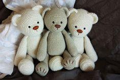 Amigurumi Patterns: My Lucas the Teddy Bear got New Friends.    PATTERN here: Amigurumi Teddy Bear Pattern                 One day I felt ...