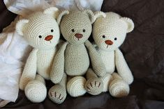 Amigurumi Patterns: My Lucas the Teddy Bear got New Friends.    PATTERN here:  Amigurumi Teddy Bear Pattern                 One day I felt ...