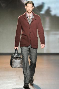 Unstructured jkt on grey pants