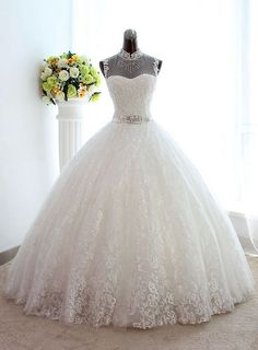 Material:Tulle|Embellishments:Appliques,Beading