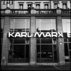 Karl Marx Buchhandlung - Karl Marx Allee, Friedrichsein