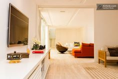 Casa de #Ronaldinho Sala de estar #Brasil2014 Oversized Mirror, Furniture, Home Decor, Modern Man, Nice Houses, Living Room, Flats, Decoration Home, Room Decor