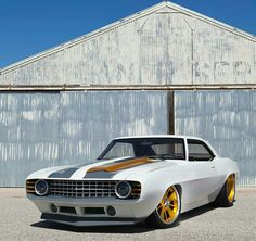 '69 Camaro, probably a photoshop custom but interesting anyway...