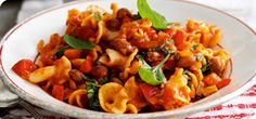 Italian bean stew - 7 points, serves 3 of pasta, courgettes instead of celery, red and yellow peppers. Healthy Eating Recipes, Healthy Foods To Eat, Healthy Cooking, Diet Recipes, Vegetarian Recipes, Cooking Recipes, Recipies, Freezer Recipes, Cooking Ideas